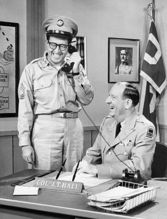 Phil Silvers as Sgt. Bilko with Paul Ford as Col. Hall. Via Wikipedia